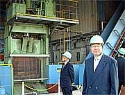 鹿島再資源化センターを視察する井手県議