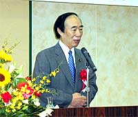 坂口厚生労働大臣を迎え公明党政経懇話会を開催(水戸市)