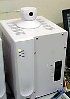 各家庭に設置されるSTBと安否確認用のウェッブカメラ
