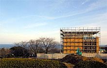 神峰公園に隣接して建設中の吉田正記念館:クリックすると大きな画像となります