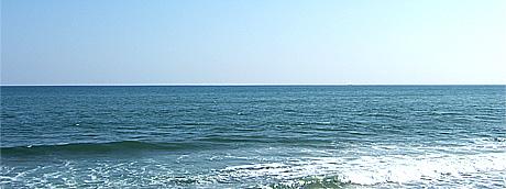 日立市の会瀬海岸から撮影:クリックすると大きな写真をご覧になれます。