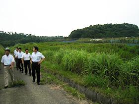 公明党県本部の耕作放棄地の実態調査