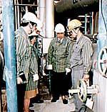 公明議員団、三菱化学を現地調査
