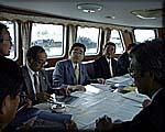 苫小牧港の港湾施設を調査